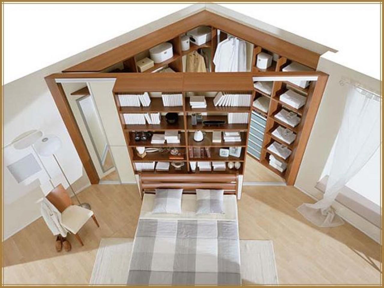 Оформление гардеробной комнаты и правильное хранение вещей.
